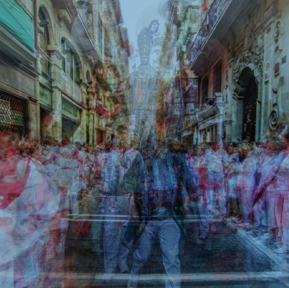 """Jose Luis Tejedor, """"TRANSITO SAN FERMIN – PROCESION"""", Originalfotografie, limitiert und signiert, Preis je nach Größe auf Anfrage"""